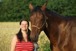 Antje Liebe mit ihrem Pferd Galdina